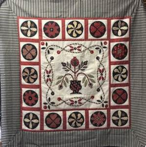 Jennifer Corkish 'Purity'. A small quilt perfect for learning Jennifer's Appliqué Techniques